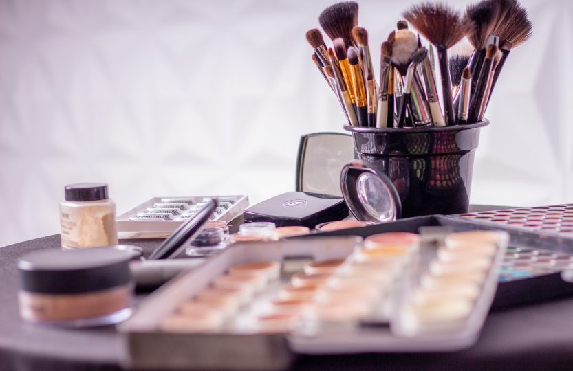 pędzle i akcesoria do makijażu